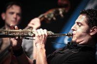 2010_Saxophonist_Bern